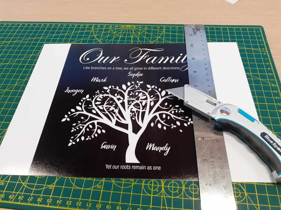 Cut the Personalised Family Tree Plaque