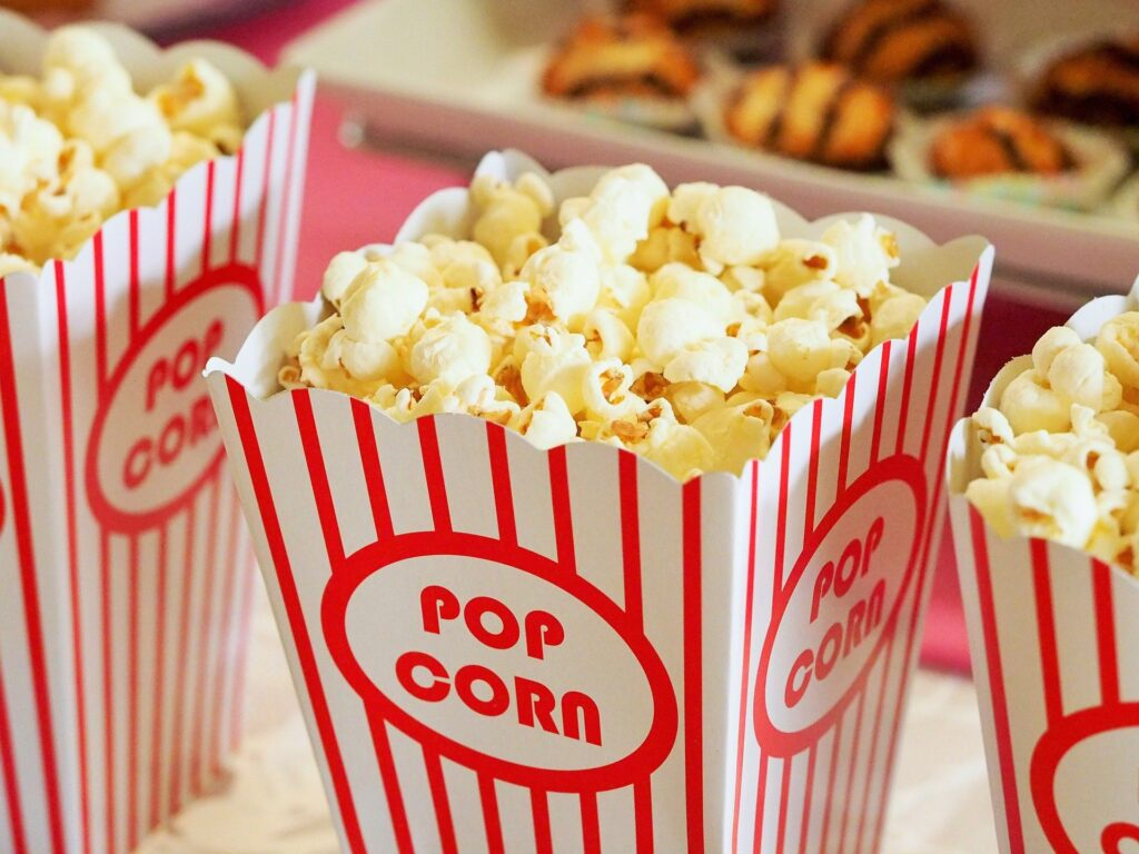 popcorn-1085072_1920-1024x768 12 movies for the Perfect Family Movie Night (For All Ages)